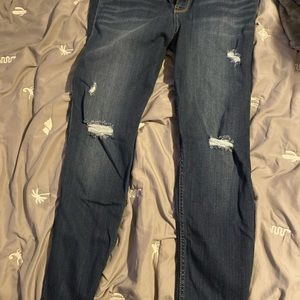 Hollister Size 17S High Waisted skinny Jeans